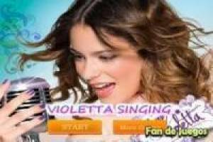 Violetta sings, puzzles