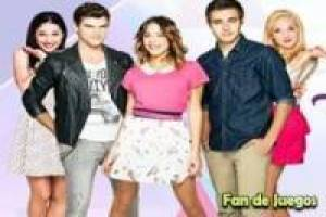 Violetta looking to find differences