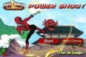 Power Ranger: kicking monsters