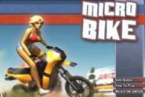 Micro Bike: La fille de motards