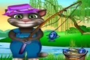 Talking tom fishing