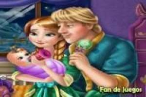 Free Taking care of Anna and Kristoff's baby Game