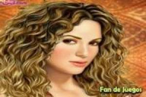 Shakira makeup and comb
