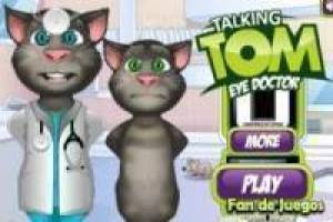 Talking tom in the eye doctor