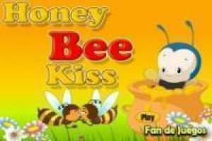 Free Bee kisses Game