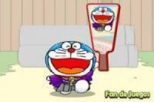 Play badminton with Doraemon